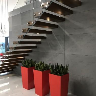 Piękny efekt dekoracyjny z płytami betonowymi Luxum