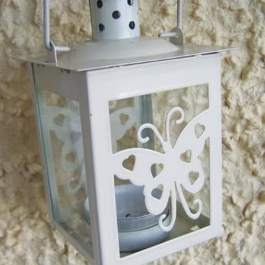 Jeden z moich ostatnich zakupów - maleńka latarenka z motylkiem kupiona w sklepie za 2 euro :o)