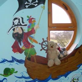 Ręcznie malowane obrazki do pokoju dziecięcego