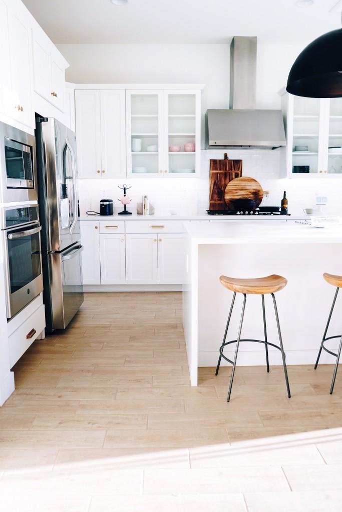 Kuchnia, bardzo białe kuchnie