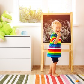 Dekoracja pokoju dziecka - jak ozdobić go z pomysłem?