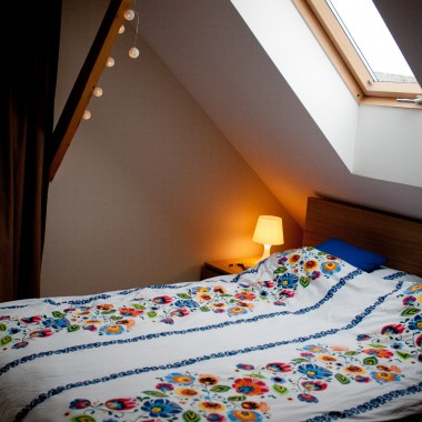 Poremontowa sypialnia