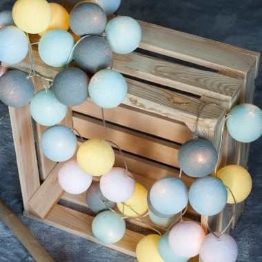Cotton Ball Lights w sesji Panny Matki