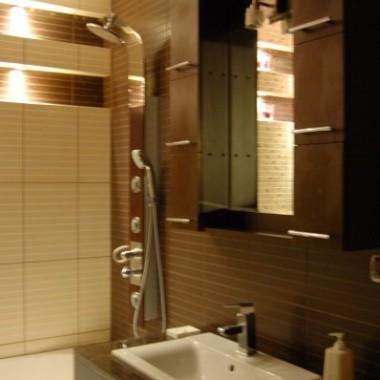 łazienka w płytkach Durango i Minimom