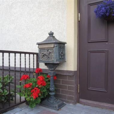 Inspiracją do moich aranżacji ogrodowych, był obrazek zakupiony w Krakowie na Starym Rynku.
