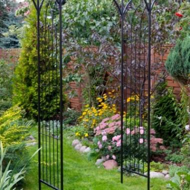Pergola metalowa do ogrodu
