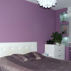 Fioletowa sypialnia