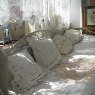 ................i łóżko..............
