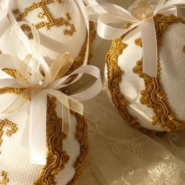 Złota galeria ........złote bombki.....i....złota jesień.......