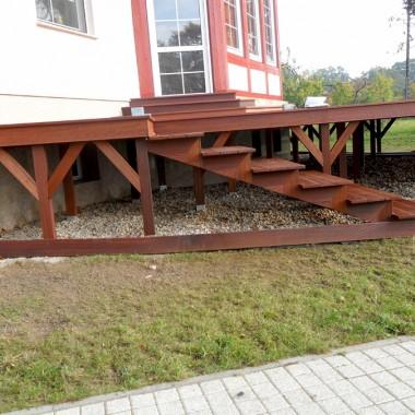 W tej galerii przedstawiamy Państwu nasze przykładowe zdjęcia realizacji Tarasu z barierkami w Cigacicach k. Zielonej Góry. Pozostałe realizacje można obejżeć na naszej stronie internetowej www.parkiet-bortnowski.pl