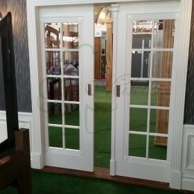Drzwi wewnętrzne drewniane - białe