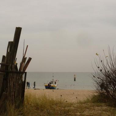 .................i jesienna fotka znad morza :) Pozdrawiam :)
