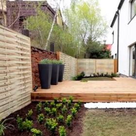 Jak zagospodarować wąski i długi ogród?