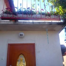 metamorfoza balkon-doniczka z rynny :)
