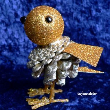 Brokatowe ptaszki z szyszek