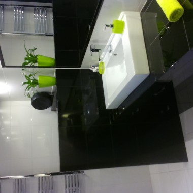 Łazienka na biało i czarno