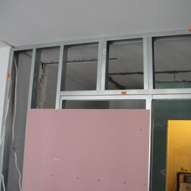 drzwi z kasetą chowane w ścianie przesuwane