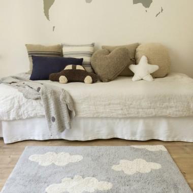 Bawełniany dywan w chmurki bardzo popularny i uroczy wzór, nie bez powodu prawda?