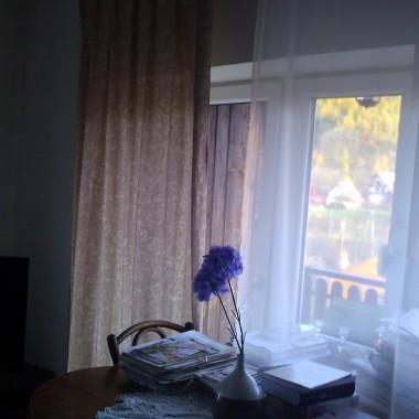 dziewczyny co powiecie na takie zasłony do mojego salonu? ożywią dodadzą wiosny:)