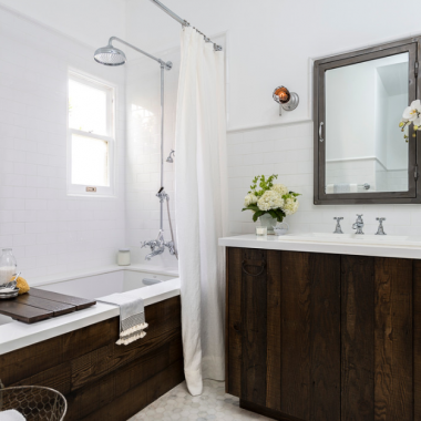 Drewno w łazience - inspiracje