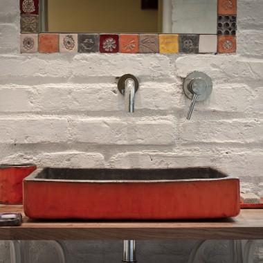 oryginalna łazienka ceramicznym rękodziełem
