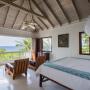 Domy sław, Willa Iana Fleminga na Jamajce wystwaiona na sprzedaż - Obecnie działa tutaj luksusowy resort GoldenEye, w którym często zatrzymują się możni świata muzyki i biznesu.   źródlo: Rex Features/East News