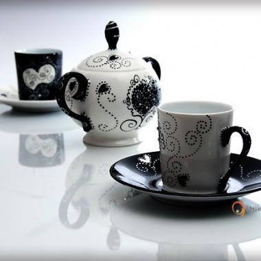 Mikan: romantyczna porcelana