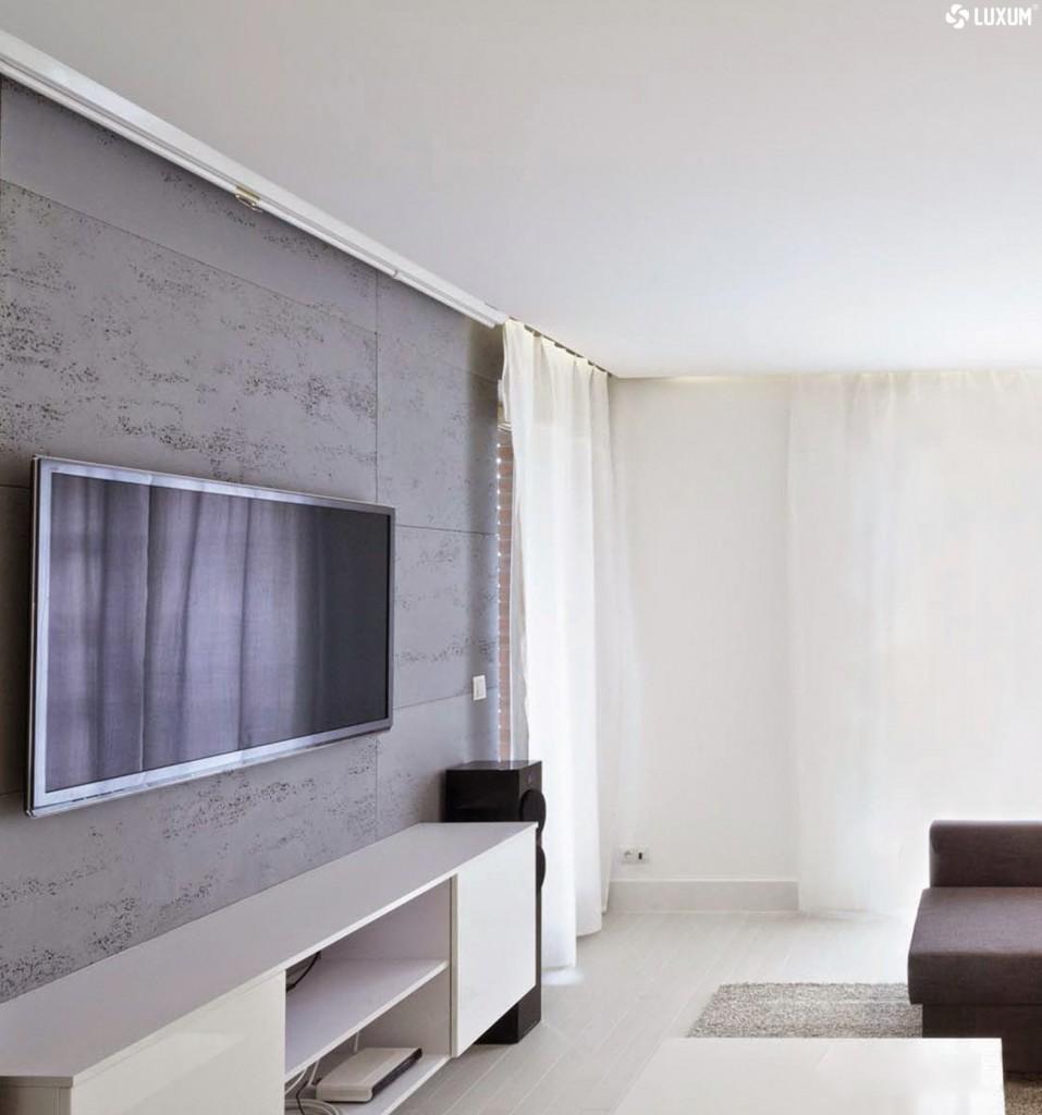 Dekoracje, Beton architektoniczny. Dekoracyjne płyty betonowe - Naturalny beton architektoniczny bez szkodliwych sztucznych włókien, bez LZO . Nie każdy wie, że obecnie modny beton architektoniczny w płytach powinien posiadać certyfikat CE i atest PZH. Zdecydowana większość płyt betonowych nie posiada ani certyfikatu, ani atestu, ani bezpiecznych, systemowych mocowań na klej.  Beton architektoniczny Luxum, to pierwszy w Polsce, produkowany od 2012roku, naturalny, ekologiczny beton, bez dodatku sztucznych włókien, bez LZO. Wyłącznie szwajcarski cement Holcim, selekcjonowane i płukane kruszywa z kopalń i kamieniołomów na jurze krakowsko-częstochowskiej oraz czysta woda pitna. Dojrzewanie płyt betonowych w leżakowaniach z kontrolowaną atmosferą. To jedyne takie rozwiązanie w Polsce, które gwarantuje doskonałą estetykę, bezpieczeństwo, łatwy i bezpieczny montaż. Sprawdź na luxum.pl