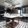 Domy sław, Tommy Hilfiger sprzedał swój ekstrawagancki apartament - Kuchnia urządzona jest w stylu retro i nawiązuje do lat 50. XX wieku.   Źródło: IMP FEATURES/East News