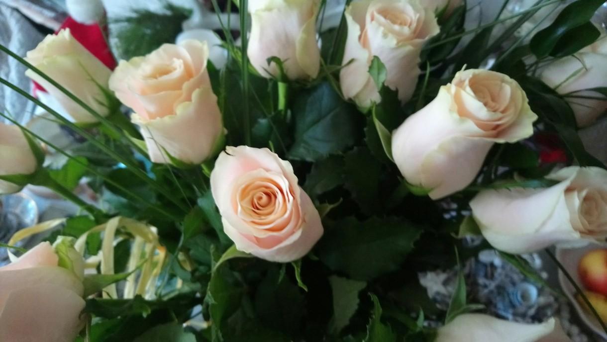 Dekoracje, Świątecznie i noworocznie............... - ...............i bukiet róż...............