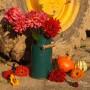 Pozostałe, Kwiaty i traktor - Dekoracja jesienna