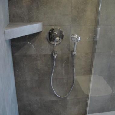 łazienka z grasu