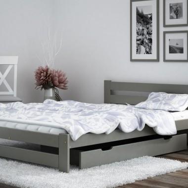 W sypialni może znaleźć się kolor, choć paleta barw powinna być ograniczona i utrzymana w wyciszających, naturalnych tonacjach. Szczególnie ciekawym wyborem może więc być łóżko w odcieniach szarości. Fot. Meble Magnat - łóżko Kada w kolorze szarym.