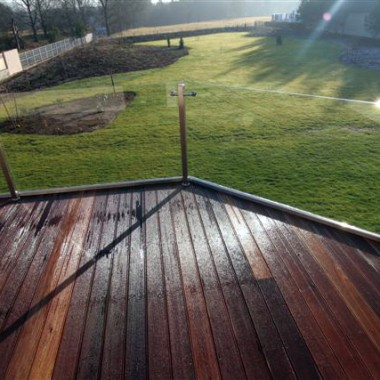 Taras drewniany. Realizacja pod Zieloną Górą.