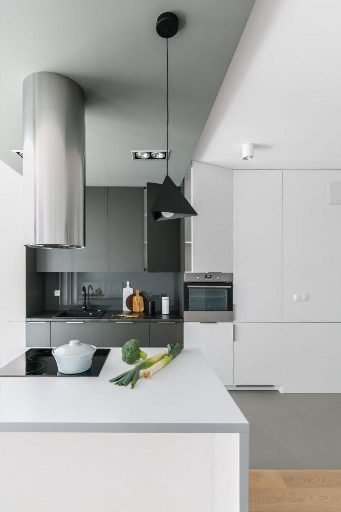 Kuchnia, Apetyt na design, czyli kuchenne trendy okiem architekta - Obecnie kuchnie, szczególnie te miejskie, coraz rzadziej stanowią odrębne pomieszczenie. Zwykle występują w postaci aneksu lub są częścią otwartej strefy dziennej. Stawia to przed architektami wnętrz wyzwanie - jak pogodzić funkcję oraz estetykę - zachować charakter tej strefy i jednocześnie harmonijnie dostosować ją do pozostałej części mieszkania? Oto przegląd, dzięki któremu odnajdziecie się w gąszczu kuchennych trendów.