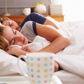 Co mówią o waszym związku pozycje, w jakich śpicie?