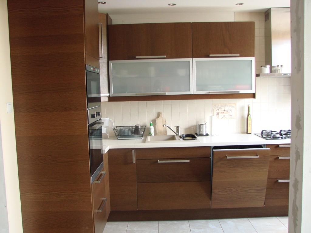 Kuchnia, Kuchnia dawniej i dziś - Otwarte drzwiczki, to zmywarka