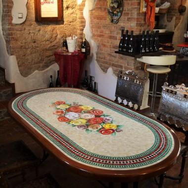 Stół mozaikowy