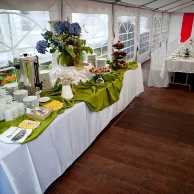Namiot imprezowy wraz z wyposażeniem