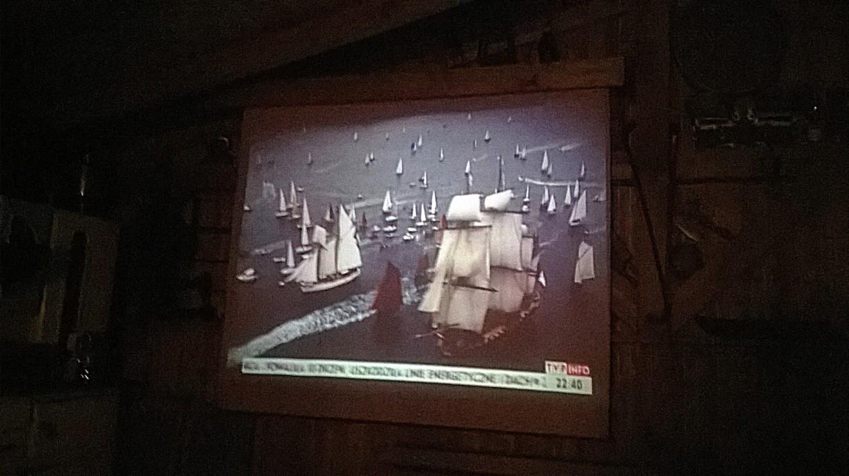 Realizacje, altanka z grillem i wędzarnią - wieczorkiem rozwijamy roletę i kino letnie gotowe!