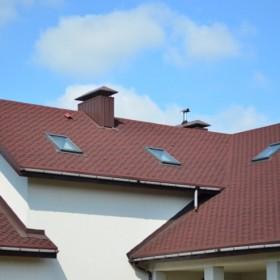 Zanieczyszczenia na dachu – gdzie je najczęściej znajdziesz