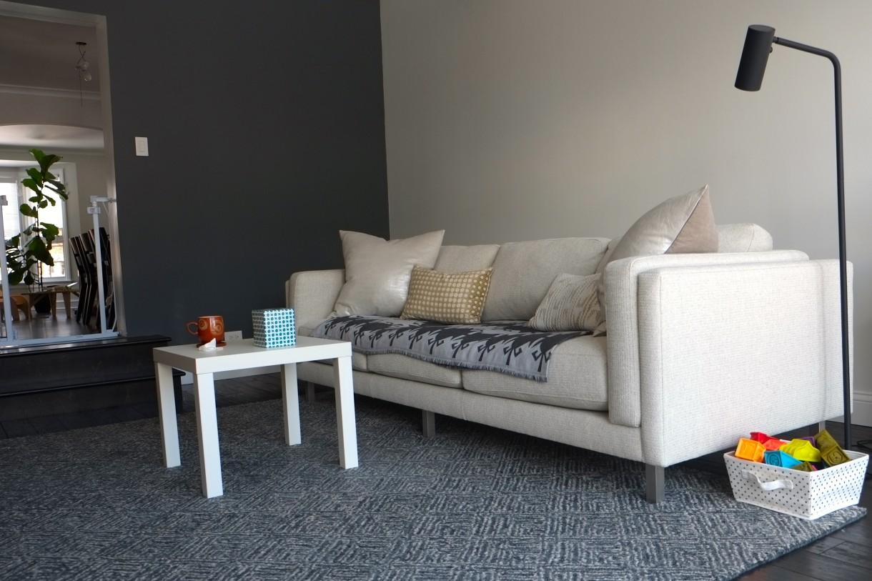 Salon, Pokoj rodzinny: w trakcie, jak zawsze - Sofa