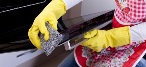 Praktyczne metody czyszczenia piekarnika