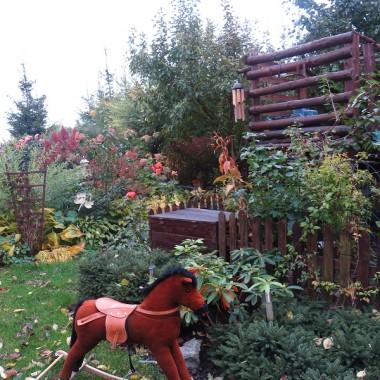 Jesień w ogrodzie i nastrojowe wieczorki w domku