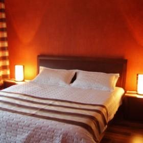 moja sypialnia...jeszcze obraz nad łóżkiem i bedzie ok:))