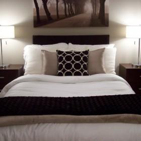 sypialnia w kolorze Sepii