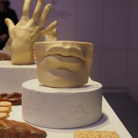 Nowojorska it-girl stworzyła niezwykłą wystawę z jedzenia podczas Milan Design Week