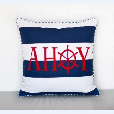 Poduszki w stylu marynarskim