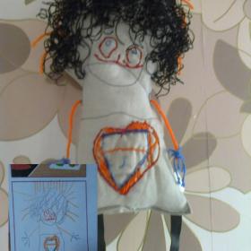 Maskotki z rysunku dziecka.