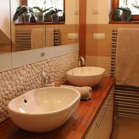 Łazienka w domu jednorodzinnym - po skandynawsku